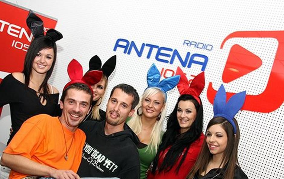Zajcice v studiu radia Antena (foto: Darja Štraus Tisu)