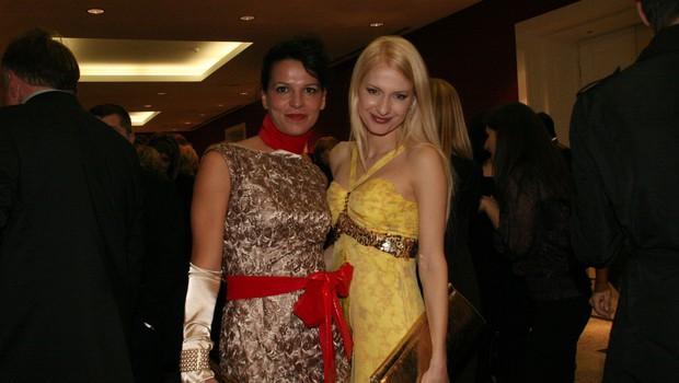 Modni oblikovalki Simona Lampe in Maja Ferme. (foto: Jasmina Hasković)