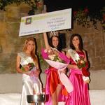Vse tri okronane lepotice, Jasmina, Marjana in Tanja, z lentami. (foto: DonFelipe)