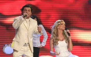 Ema 2009: Pevec skupine Langa po razglasitvi zmagovalcev popenil