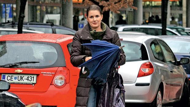 Bernarda Žarn je imela težave s parkiranjem. 1 (foto: Jani Božič)