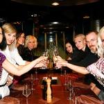 Dekleta so nazdravila zmagovalki. (foto: Ivana Krešič / Playboy)