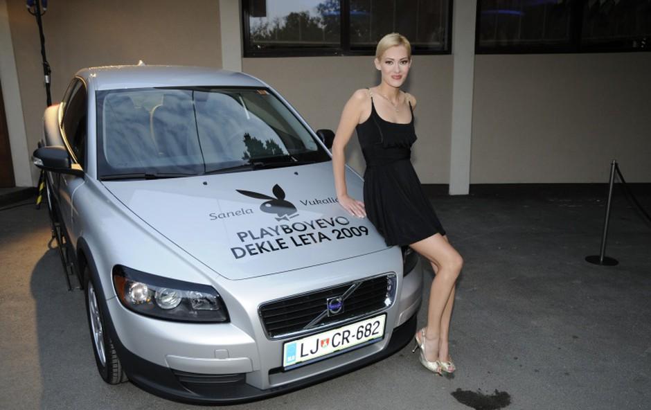 Sanela bo s pomočjo avtošole Muller iz Maribora začela opravljati vse potrebno, da bi pridobila vozniško dovljenje. (foto: Sašo Radej)