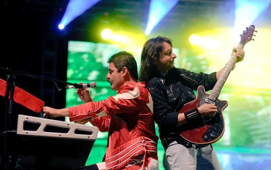 Pevec in kitarist skupine Merqury sta bila neverjetno dobro usklajena. (foto: Grega Eržen / www.baulon.si)