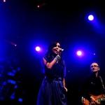 Sanja je v odzivu ljudi, ki so skladbe peli skupaj z njo uživala. (foto: Grega Eržen / www.baulon.si)