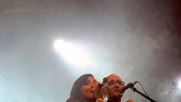 Sanja se ni pustila prosit, ko so jo na oder povabili Mambo Kings. (foto: Grega Eržen / www.baulon.si)