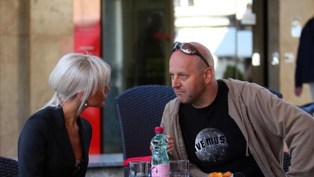 Danijela na tiskovni konferenci v Kavarni Tromostovje. 1 (foto: Jasmina Hasković)