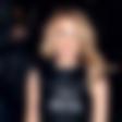 Kylie Minogue: Nastopila v korzetu