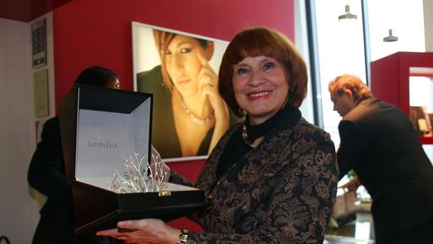 Predaja krone letošnji miss Slovenije Tini Petelin. 1 (foto: Jasmina Hasković)
