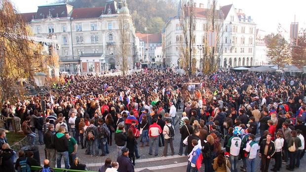 Sprejem nogometašev na Prešernovem trgu. 1 (foto: Jasmina Hasković)