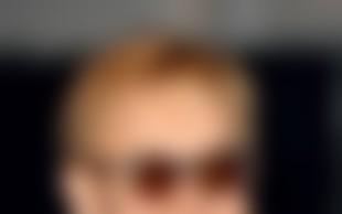 Elton John: Eminemu pomaga iz pekla drog