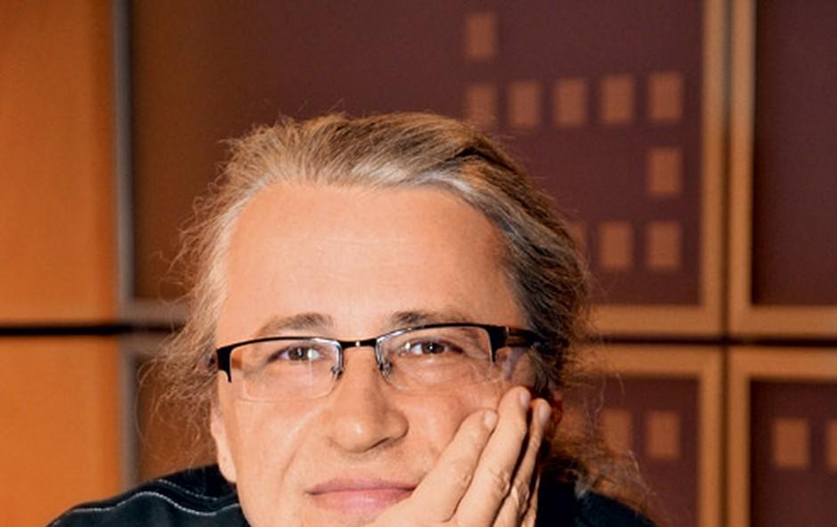 Novinar Mladine, publicist in voditelj oddaje Studio City Marcel Štefančič je prepričan, da zvezde nimajo posebnega vpliva zunaj filmske industrije. (foto: Sašo Radej)