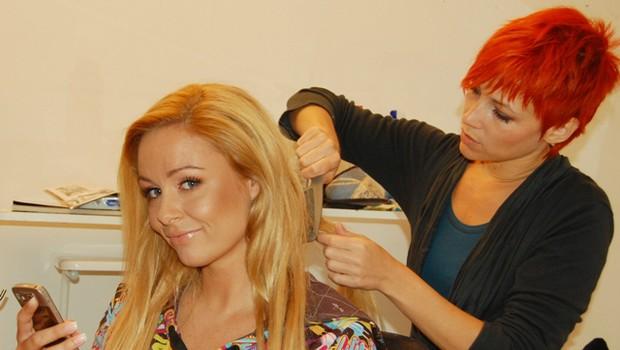 Lepotico Špelo je urejala vizažistka Nataša Zajc, ki je poskrblea tudi za njeno prikupno frizuro. (foto: DonFelipe)