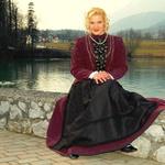 Pevka Anita se je odlično vživela v starodavno vlogo. (foto: DonFelipe)