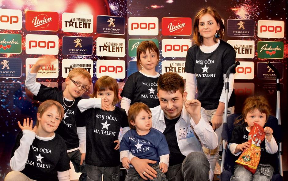 Alen Vogrinec Vesel in njegovi otroci (foto: POP TV)