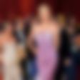 Charlize Theron: Obsedena z navijalko za trepalnice