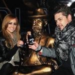 Nejc Simšič, družabni kronist in pomočnik urednice revije Nova je užival ob klepetu s prijateljico, stilistko Nino Šušnjara. (foto: Sašo Radej)