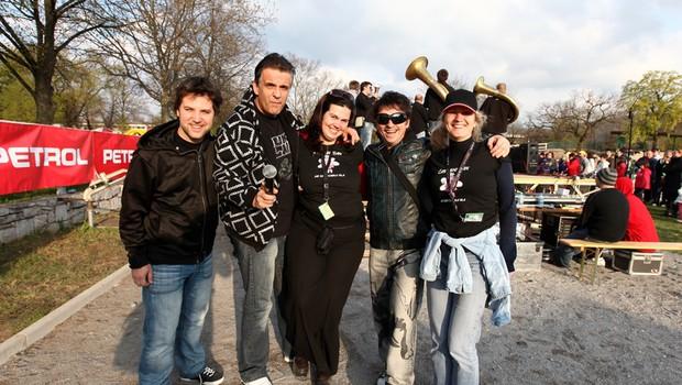 Reno iz skupine Kingston je užival z mladimi v Lipici. (foto: Aleš Romaniuk)