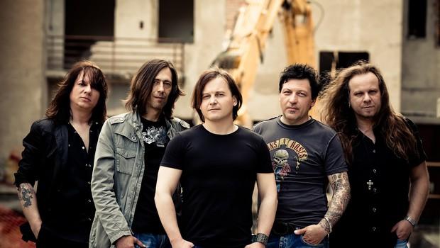 Šank Rock, zaprti v studiu, pripravljajo nov album in predstavljajo skladbo z naslovom Eo. (foto: Marko Ocepek)
