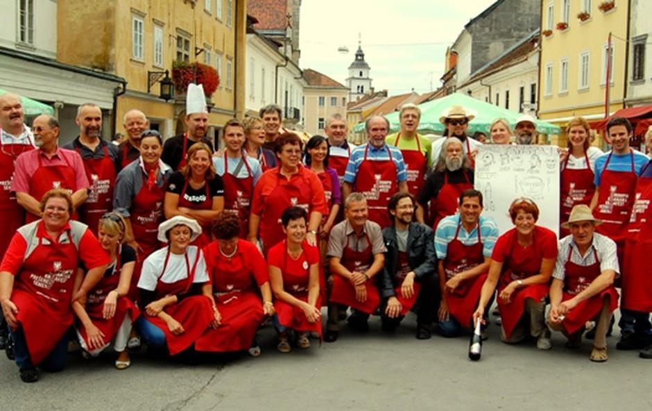 Tekmovanje v praženem krompirju v Kranju (foto: DonFelipe)