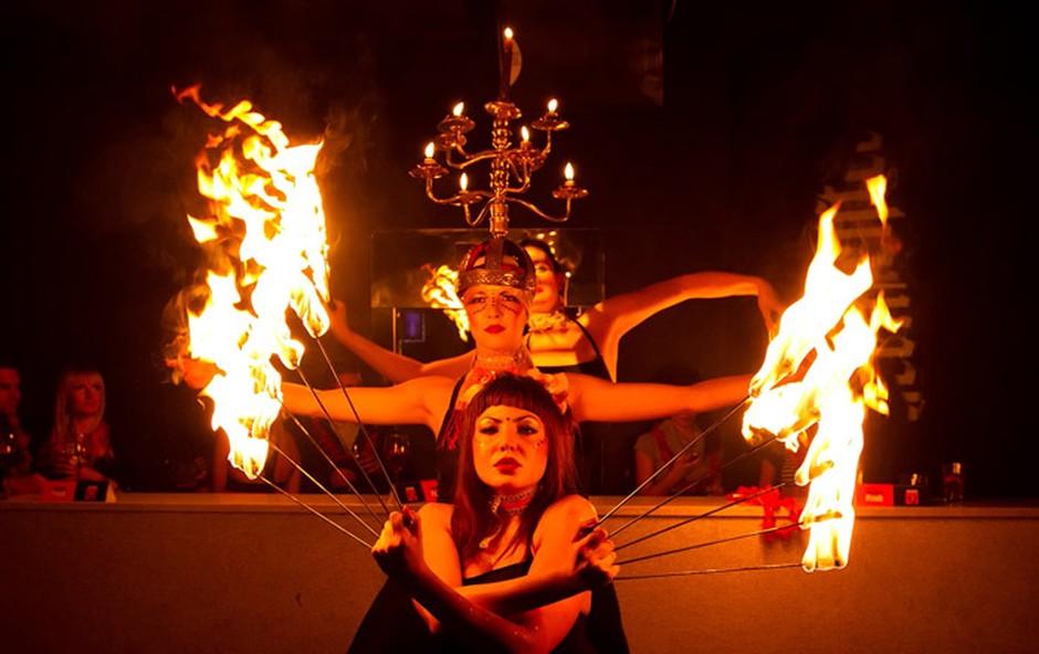 Ognjena noč nad mestom (foto: Marko Ocepek)