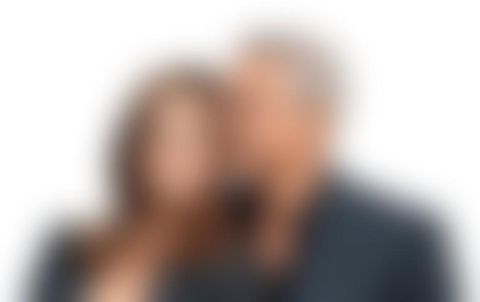 George Clooney naj bi končno zaprosil svojo italijansko lepotico Elisabetto Canalis.