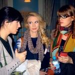 Medijsko priljubljene manekenke Valentina Lacovich, Tara Zupančič in Karin Škufca so v poročnih kreacijah moškemu občinstvu pošteno jemale dih. (foto: Alpe)