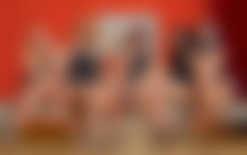 Šest deklet - Andreja Vakselj, Ula Šemole, Tjaša Resnik, Nika Horvat, Tina Vunjak ter koreografinja in vodja skupine Ada Kogovšek - ima ples dobesedno v krvi.