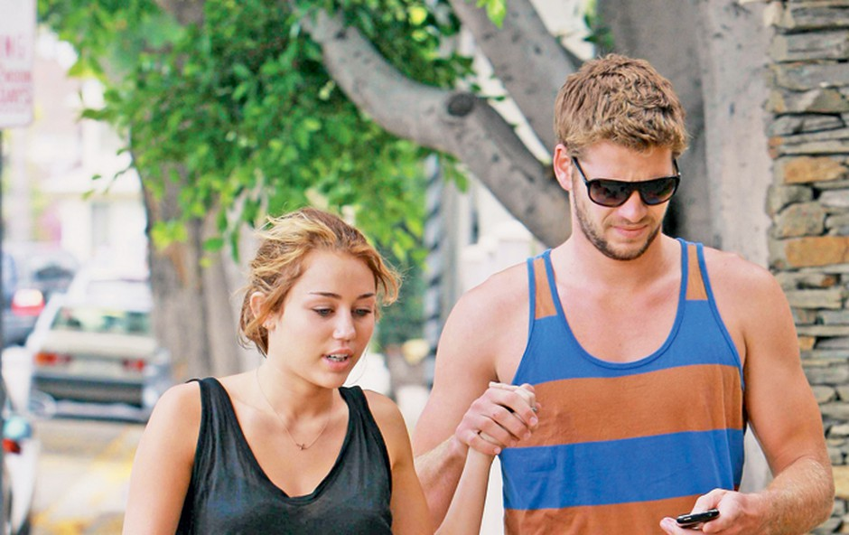 Miley Cyrus spet z Liamom  (foto: Red Dot)