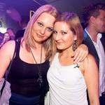 Novinarka revije Story Anja Kontrec (desno) s prijateljico (foto: Zaklop.com)