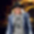 Axl Rose: Premlatil oboževalca