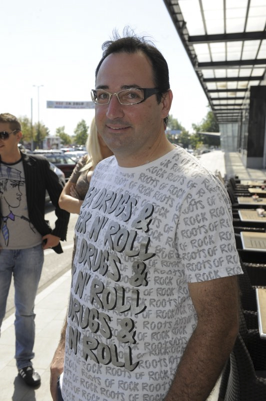 DJ Lovro