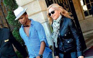 Madonna: Na plaži z mladim ljubimcem