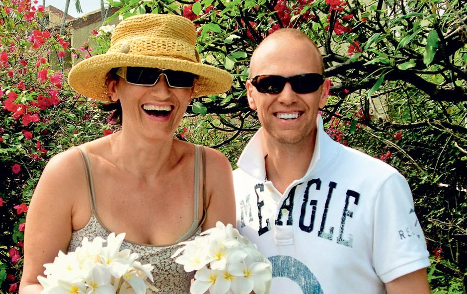 Alenka Oldroyd Reza in njen mož Thomas (foto: osebni arhiv)