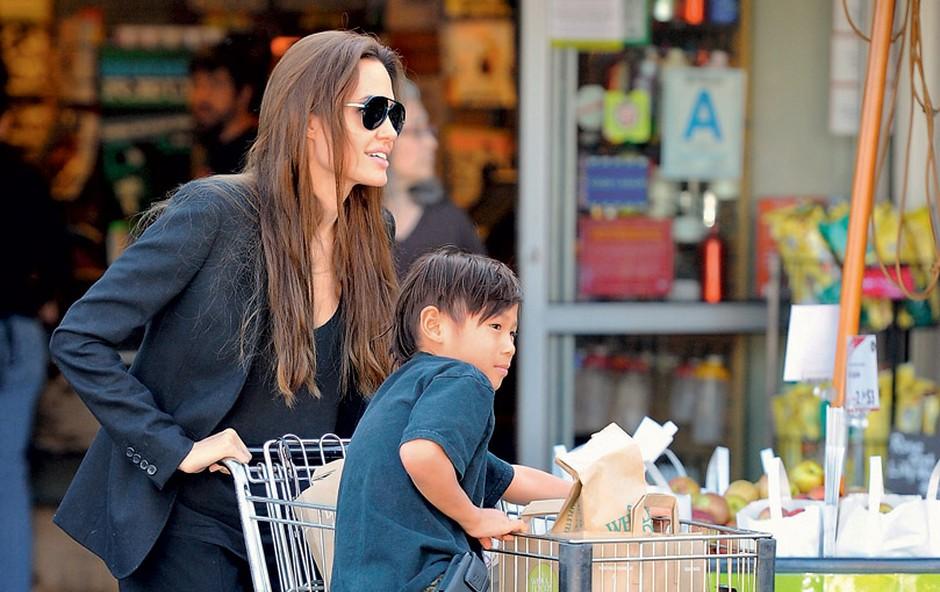 Angelina Jolie in sin Pax (foto: Profimedia.si)