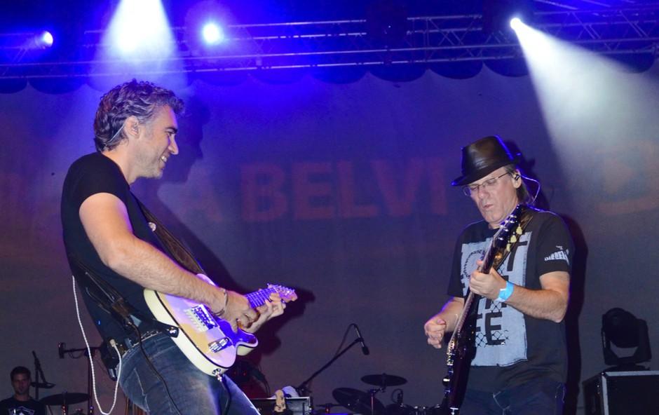 Jan Plestenjak in Zdenko Cotič sta na odru pokazala kaj je prava energija. (foto: DonFelipe)