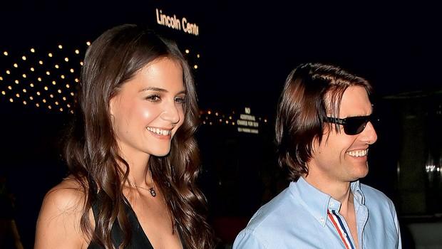Katie in Tom nista z ničemer pokazala, da v njunem zakonu škripa. (foto: Profimedia.si)