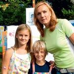 Prišla je tudi Petra Majdič, ki ima rada otroke in se ji zdijo tovrstne prireditve nujno potrebne zaradi humanitarne narave in druženja z otroki. (foto: Zaklop.com)