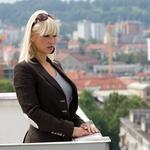 Petra Slapar predstavlja videospot za svojo novo skladbo. (foto: Črt Slavec)