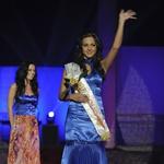 Temnolasa lepotička Ana Lipovšek je postala tudi Miss Nove 2011. (foto: Primož Predalič)