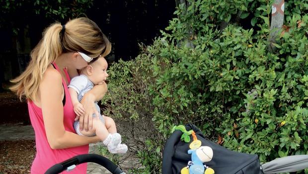 Erika Žnidaršič s sinčkom Rokom. (foto: N. Divja)