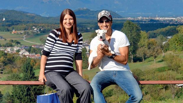 Ana Bešter in Jernej Tozon z Lili (foto: Story press)