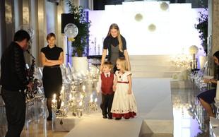 Fotografije z modne revije poročnih in svečanih oblek