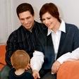 Nuška Drašček: Veseli se sankanja s sinom