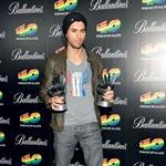 Enrique Iglesias je domov odnesel kar dve glasbeni nagradi. (foto: Nina Keder, Goyo Conde)