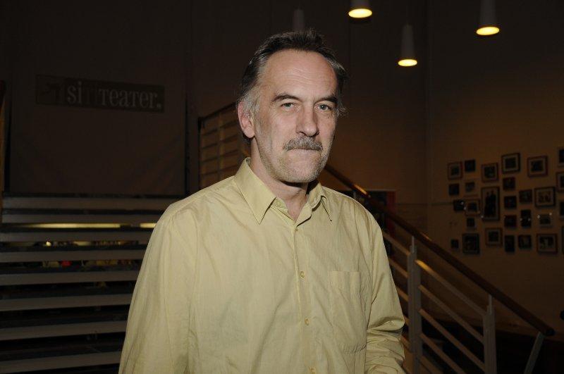 Premiero si je z zanimanjem prišel ogledat Jonas Žnidaršič.