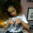 Rihanna: Tatu postevila 2Pacu