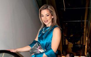 Nina Ivanič v kopalkah pokazala postavo, ki je ne bi pripisali 49-letni dami: Fantastična je!