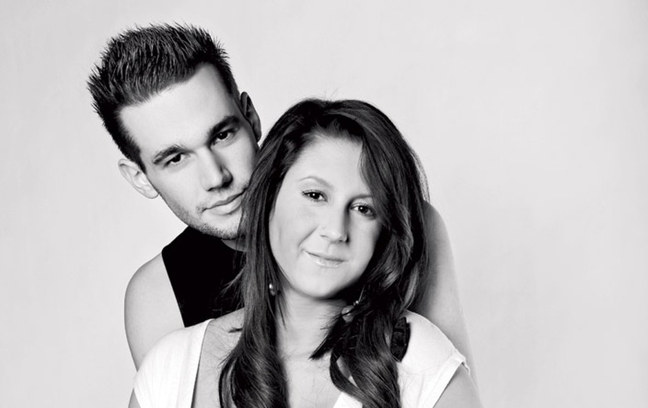 Sandra je pozirala tudi s fantom Rokom. (foto: Tibor Golob)