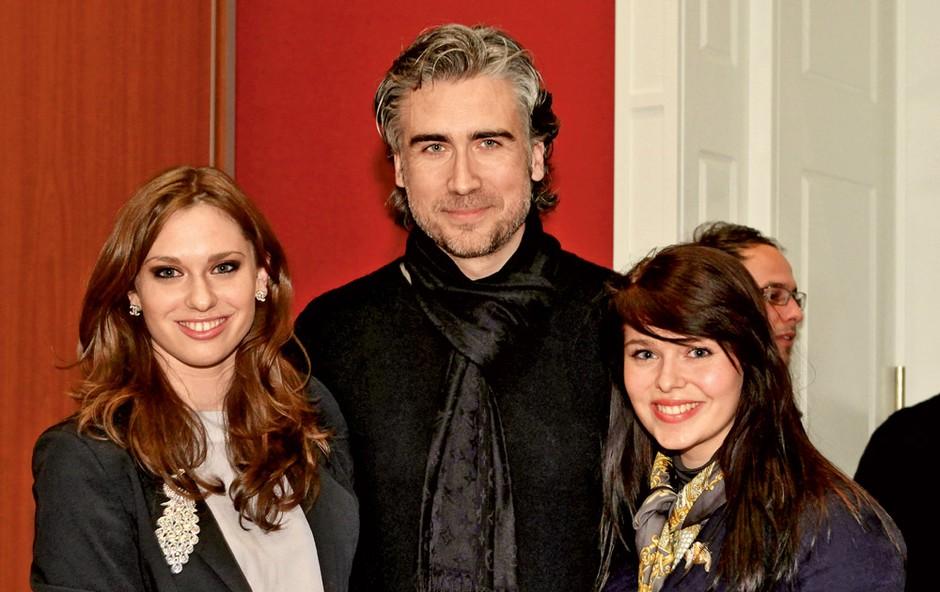 Lea Perovšek, Jan Plestenjak in Tina. (foto: Story press)